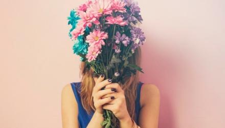 Raffinierte Blumendeko: Raumgestaltung mit Blumen und Zimmerpflanzen
