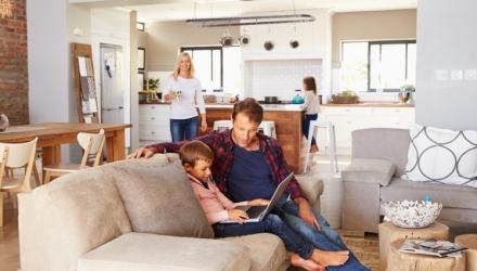 Eine moderne Wohnküche einrichten